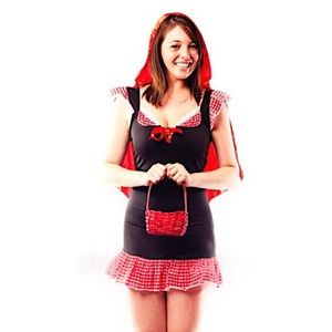 Red riding hood Halloween costume 🎃